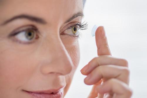 8 thủ thuật cho cô nàng mắt nhỏ - 6