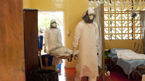 """Mỹ đã có vũ khí chống lại """"virus sát thủ"""" Ebola? - 2"""