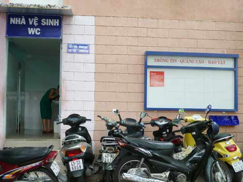 Đà Nẵng: DN được quảng cáo, rao vặt miễn phí cạnh... WC! - 3