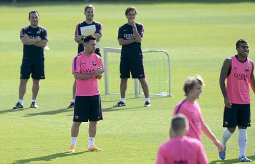 Barca: Messi tái xuất, săn Boateng tăng chất thép - 1