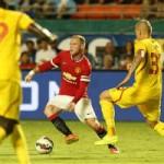 Bóng đá - Rooney suýt có bàn thắng sau tình huống hy hữu