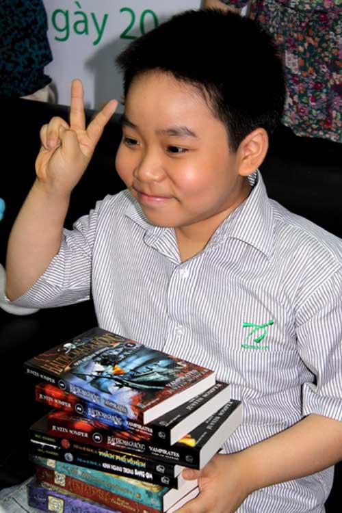 """""""Thần đồng 12 tuổi"""" làm phim về ngôi nhà """"ma"""" Kim Mã - 2"""