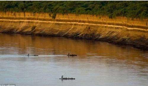 Người phụ nữ sinh 15 đứa con đều bị cho cá sấu ăn - 3