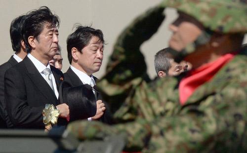 """Nhật cảnh báo """"hành động nguy hiểm"""" của TQ trên biển - 1"""