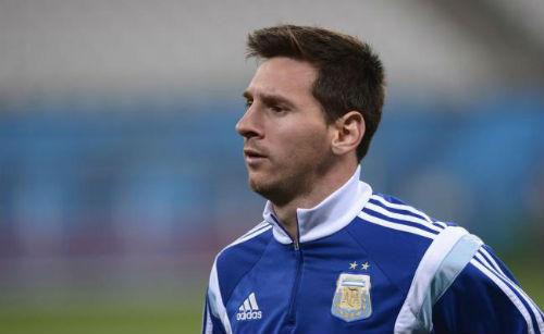 Messi, Ronaldo cắt tóc, ai sành điệu hơn? - 9