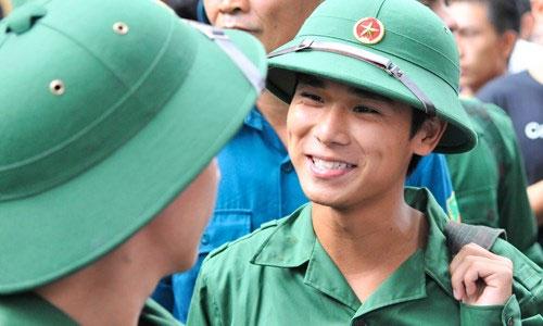 Xem xét tăng thời gian nghĩa vụ quân sự lên 24 tháng - 2