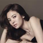 Phim - Song Hye Kyo đẹp quý phái với trang sức hàng hiệu