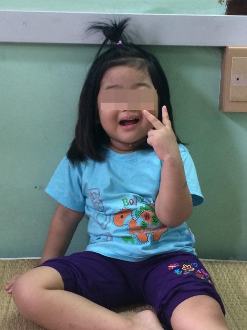 Cứu sống bé gái 4 tuổi hai lần hôn mê do bệnh hiếm gặp - 1
