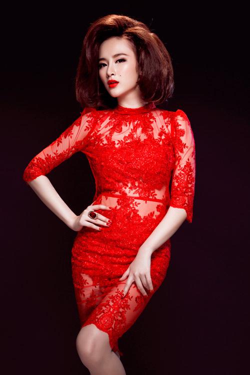 Angela Phương Trinh quyến rũ mê hồn với váy ren - 7