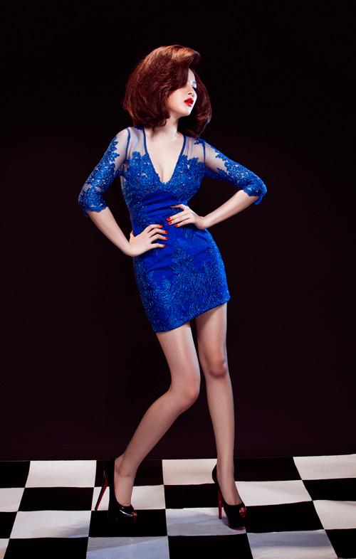 Angela Phương Trinh quyến rũ mê hồn với váy ren - 3