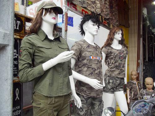 Quần áo lính: Thú chơi lạ của người Hà thành - 3