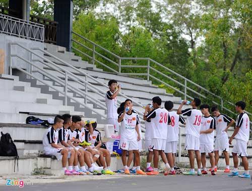 U19 Việt Nam tập bứt tốc như thần tượng Ronaldo ở Brunei - 10