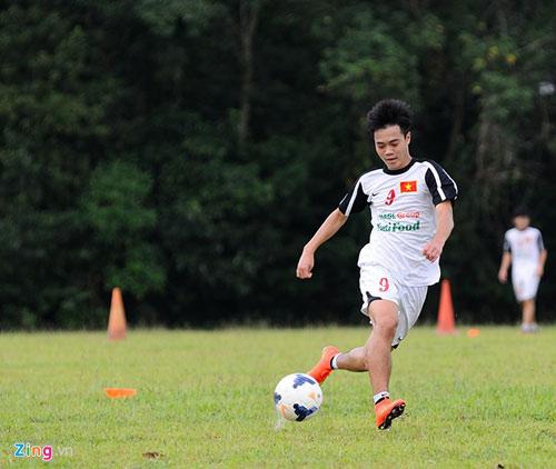 U19 Việt Nam tập bứt tốc như thần tượng Ronaldo ở Brunei - 3