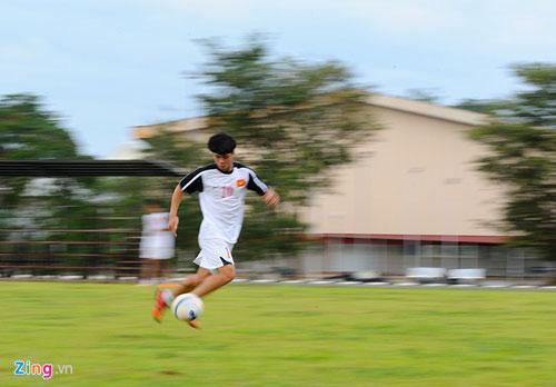 U19 Việt Nam tập bứt tốc như thần tượng Ronaldo ở Brunei - 9