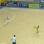 """Video bóng đá hot - Futsal: Pha đánh gót ghi bàn """"độc nhất vô nhị"""""""