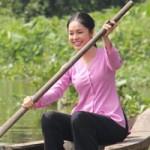 Ngôi sao điện ảnh - Dương Cẩm Lynh đẹp dịu dàng hóa gái quê