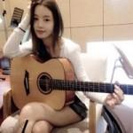 Ngôi sao điện ảnh - Hotgirl xứ Hàn khoe ảnh chơi guitar khiến fan ngơ ngẩn