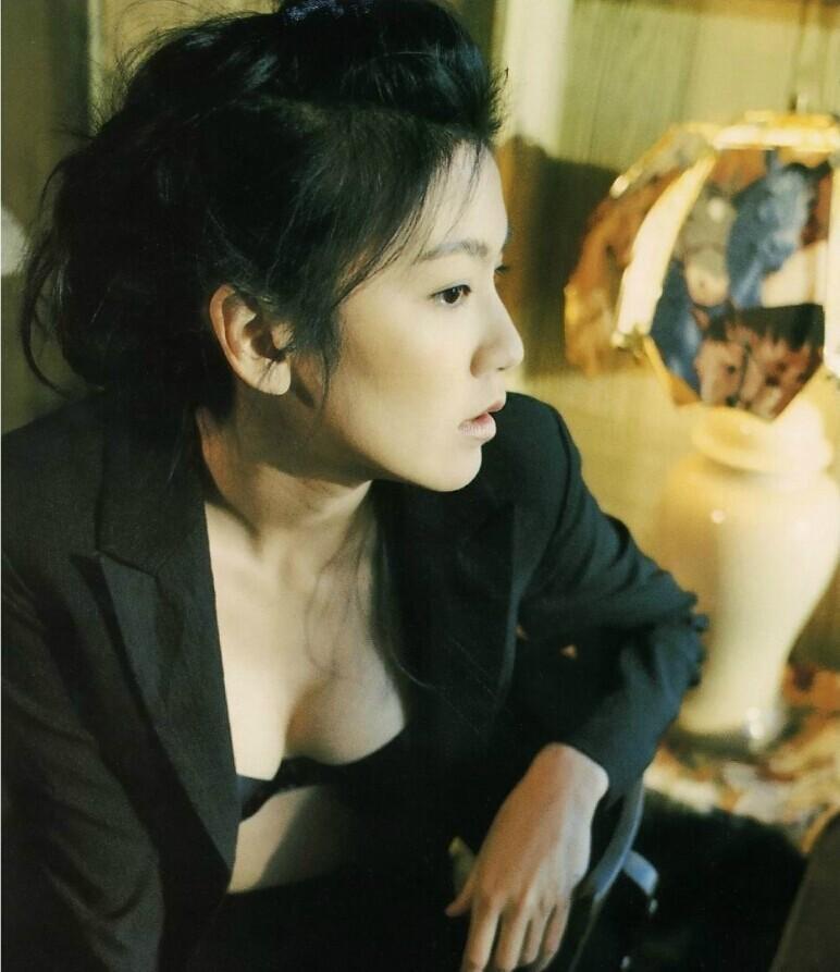 """Lộ ảnh quá khứ """"nổi loạn"""" của ngọc nữ Đài Loan - 5"""