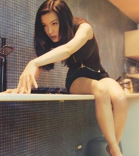 """Lộ ảnh quá khứ """"nổi loạn"""" của ngọc nữ Đài Loan - 8"""