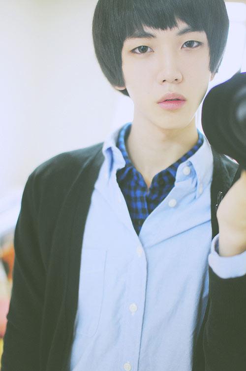 Những chàng trai Hàn Quốc xinh đẹp hơn con gái - 14