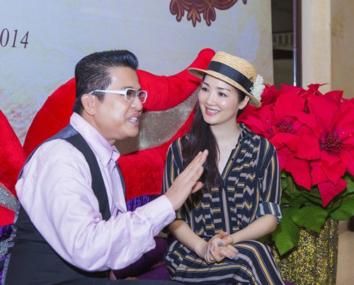 Giáng My nhí nhảnh bên MC Thanh Bạch - 3
