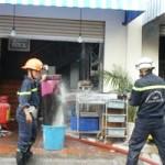 Tin tức trong ngày - TP.HCM: Cháy quán ăn, nhiều bình gas suýt nổ