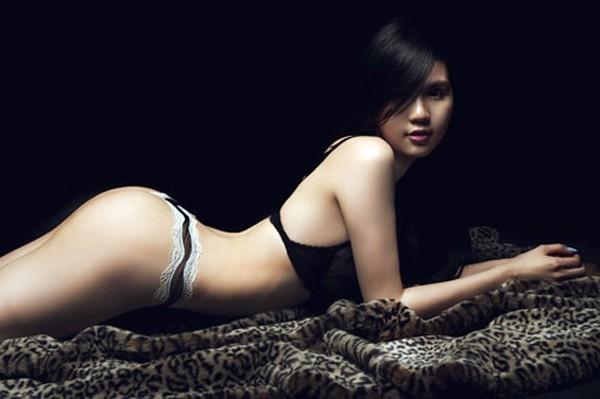 Những thói quen của người đẹp Việt khi tạo dáng - 11