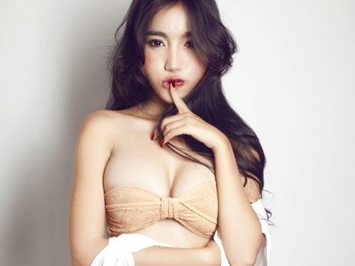 Những thói quen của người đẹp Việt khi tạo dáng - 6