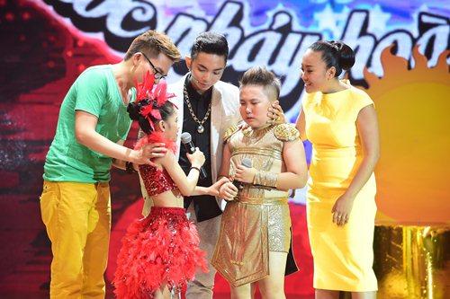 Yến Trang không nỡ chia cắt tình cảm của cặp hotboy - 7