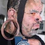 Phi thường - kỳ quặc - Người đàn ông có dái tai lớn nhất thế giới
