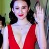 Những thói quen của người đẹp Việt khi tạo dáng