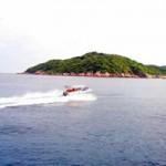 Tin tức trong ngày - Cứu sống 2 du khách bị lật thuyền trên biển