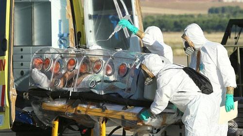 """""""Thần dược"""" trị Ebola hết sạch ngay tuần đầu tiên - 3"""