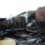 Tin tức trong ngày - Cháy nhà, vợ chồng ôm 3 con nhỏ nhảy lầu thoát thân
