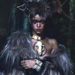 Rihanna cuốn hút với vẻ đẹp hoang dại