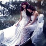 Ngôi sao điện ảnh - Chị em Thiều Bảo Trang mơ mộng giữa hồ sen