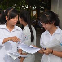 Phê bình 20 trường tuyển sinh lớp 10 vượt chỉ tiêu