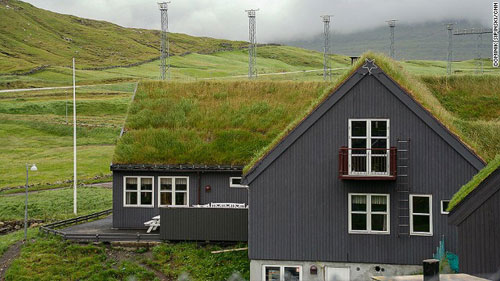 Những ngôi nhà mái cỏ độc đáo ở quần đảo Faroe - 2