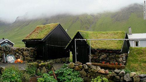 Những ngôi nhà mái cỏ độc đáo ở quần đảo Faroe - 5