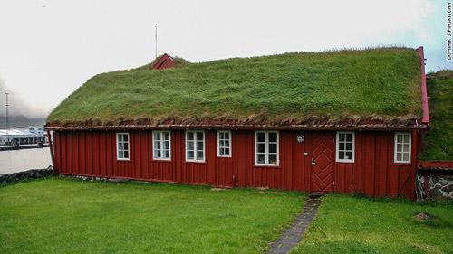 Những ngôi nhà mái cỏ độc đáo ở quần đảo Faroe - 4