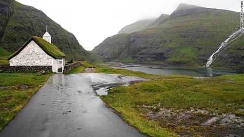 Những ngôi nhà mái cỏ độc đáo ở quần đảo Faroe - 10