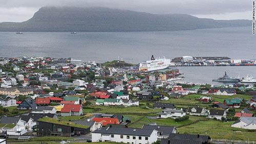 Những ngôi nhà mái cỏ độc đáo ở quần đảo Faroe - 3