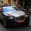 """Samuel Eto'o """"cưỡi"""" Rolls-Royce siêu sang dạo phố"""