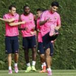 Bóng đá - Suarez hớn hở tập buổi đầu tiên cùng Barca