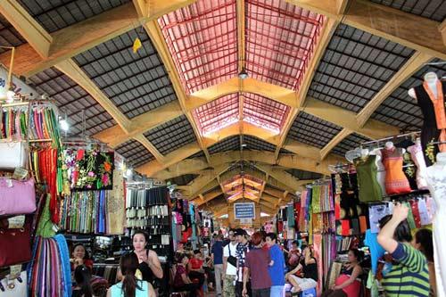 """Những ngôi chợ """"già"""" nổi tiếng nhất Sài Gòn - 2"""