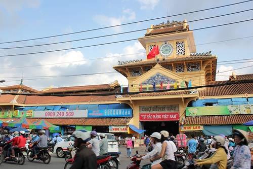 """Những ngôi chợ """"già"""" nổi tiếng nhất Sài Gòn - 5"""