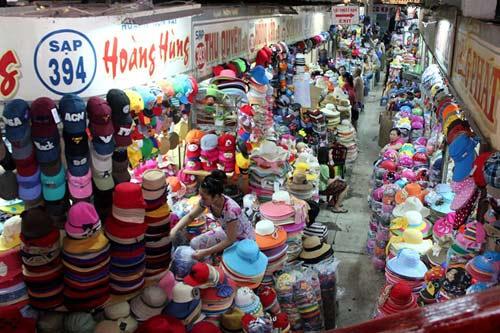 """Những ngôi chợ """"già"""" nổi tiếng nhất Sài Gòn - 6"""