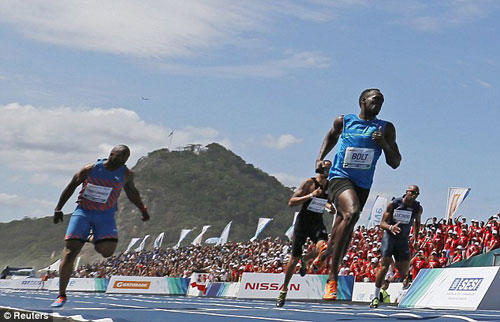 Bolt vô địch 100m tại nơi đăng cai Olympic 2016 - 1