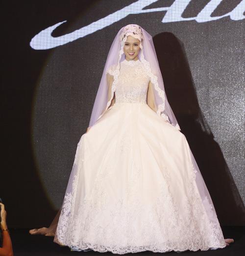 Những mẫu váy cưới mê hoặc gái trẻ - 6