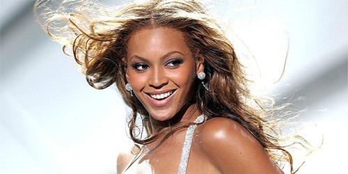 Top 10 nữ danh ca giàu nhất thế giới - 4